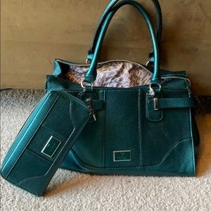 Green Guess tote bag and matching wallet